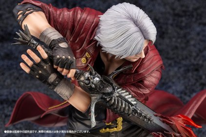 Devil May Cry 5 Figures (18)