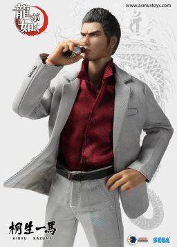 Yakuza Kazuma Kiryu Figure (7)
