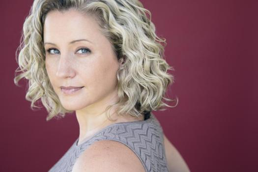 Cissy Jones - Lynda Landon