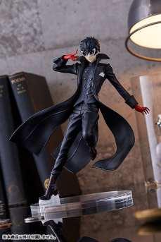 Persona 5 Joker Figure (3)