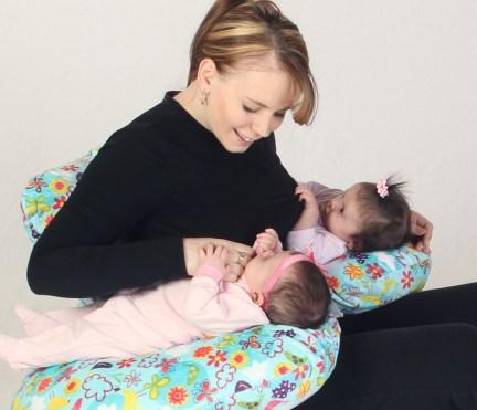 Cojines de lactancia para amamantar gemelos