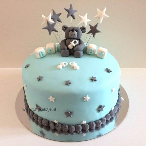 Babytaartje met beertje en sterren