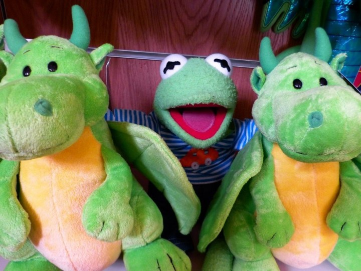 kermit_plush_toys_frog_dragons_green_friends_buddy