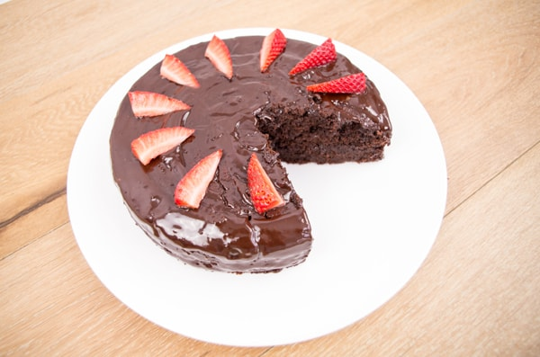 Madeira Cake With Chocolate Ganache