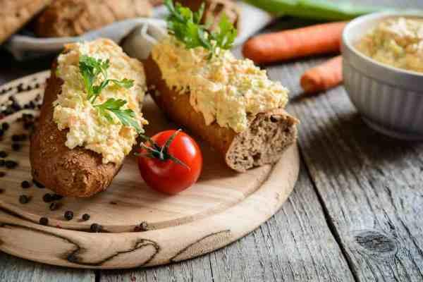 Instant-Pot-Luxury-Egg-Mayonnaise-Sandwiches