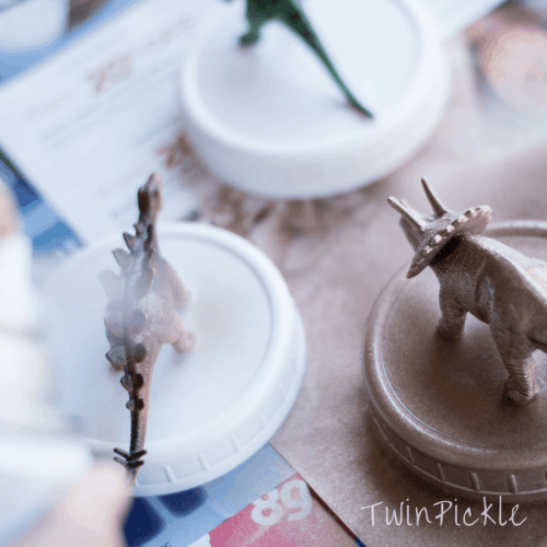 DIY Dinosaur Mason Jars Spray Paint