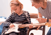 Teaching Your Kids Guitar With the Fender Play App