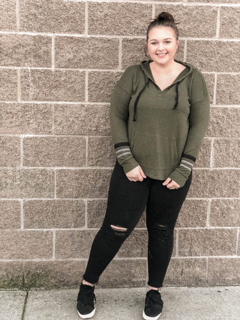 MY favorite winter 2018 Stitch Fix order women's piece. What to expect from your first stitch fix winter 2018. Best mom hack for easy stylish clothing for stay at home moms