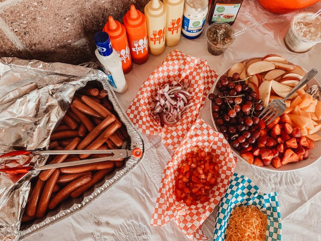 diy hot dog bar set up