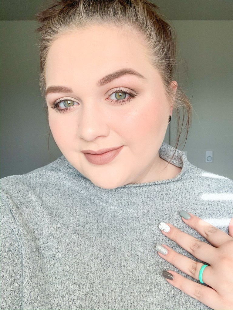 easy holiday makeup looks