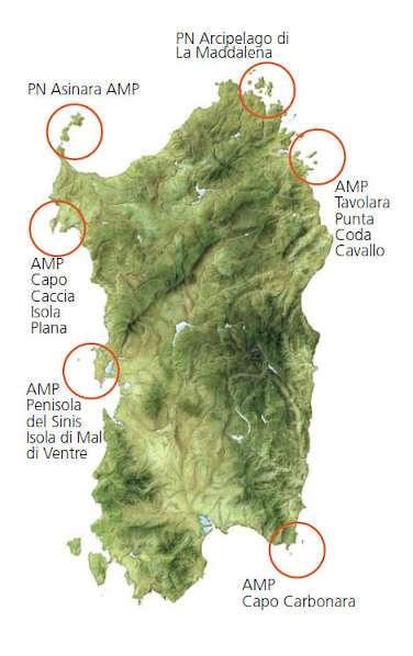 Isla de Cerdeña con las zonas de reserva de la area marina. Navega por la costa del sur y del norte de Cerdeña con la Goleta