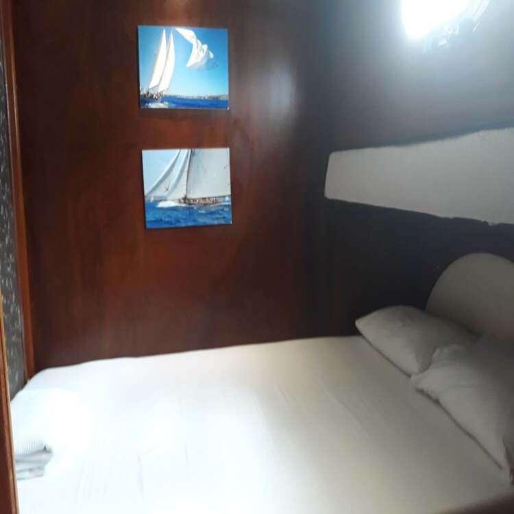 habitacion 2 de la goleta de menorca