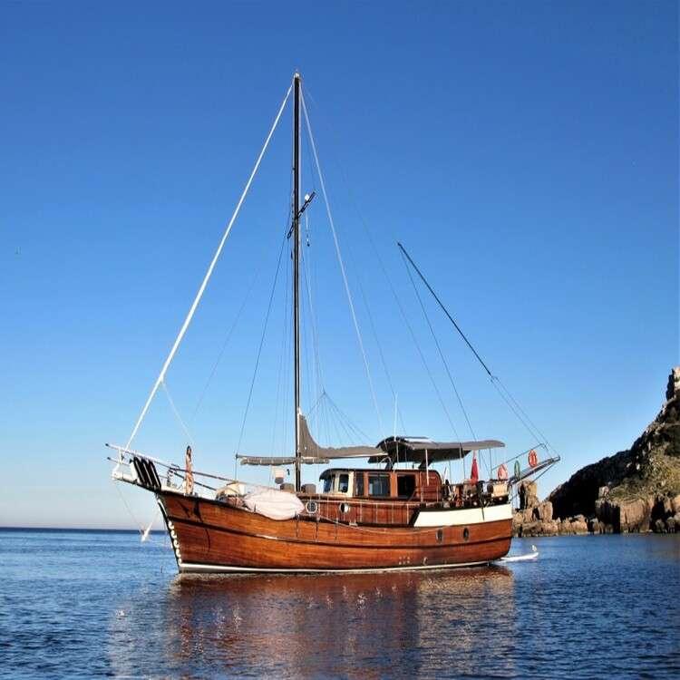 Alquilar velero en Menorca