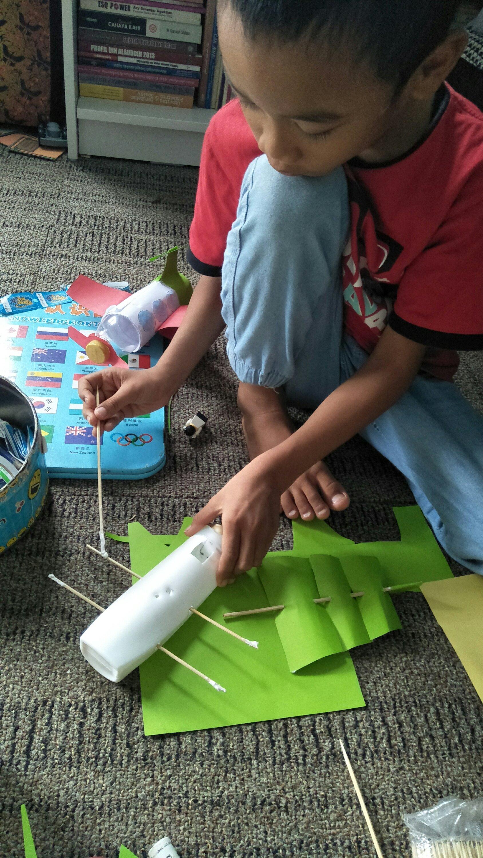 Diy Craft Perahu dari Botol SampoSabun Bekas  Keluarga