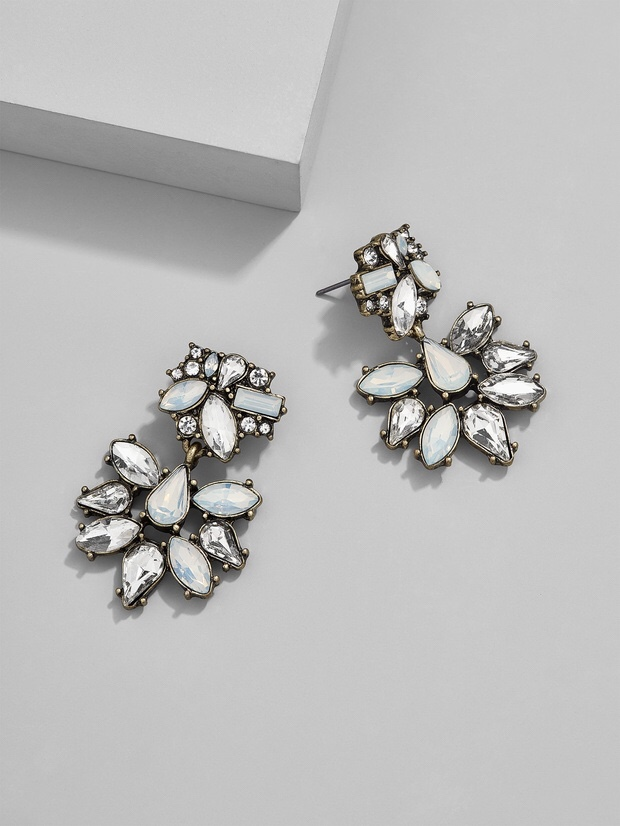 A Guide to Buying BaubleBar