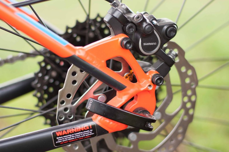 Shimano hydraulic disc brakes  with a 180mm disc up front and 160mm in back. Photo by Chuck Baldwin.