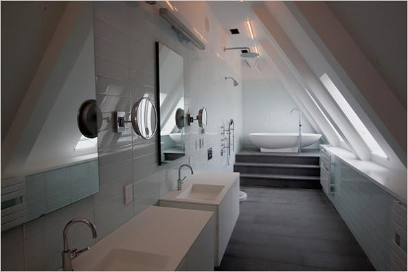 clocktower-penthouse-master-bathroom