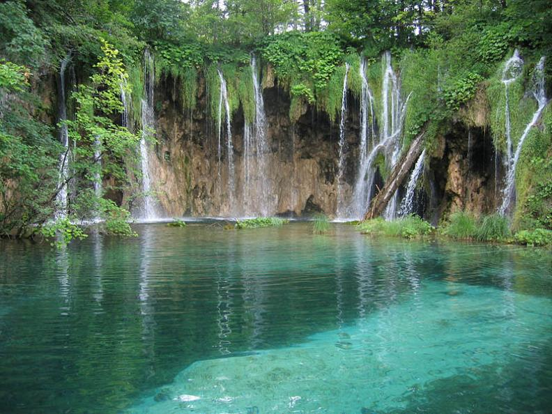 incredible-waterfalls-of-croatia-unesco
