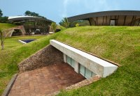 A Unique Hillside Home Built Into the Landscape TwistedSifter