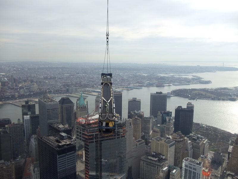 Hoisting an Escalator to the 101st Floor of 1 WTC