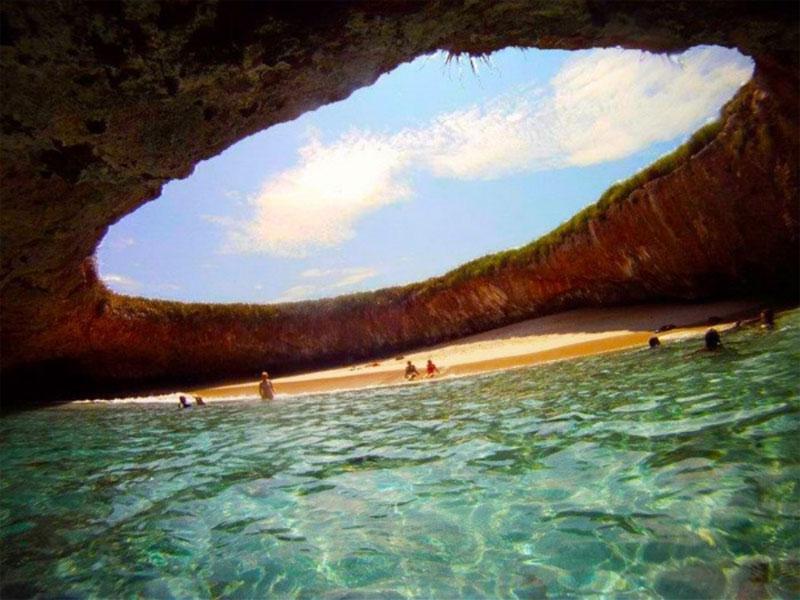 Mexicos Hidden Beach at the Marieta Islands TwistedSifter