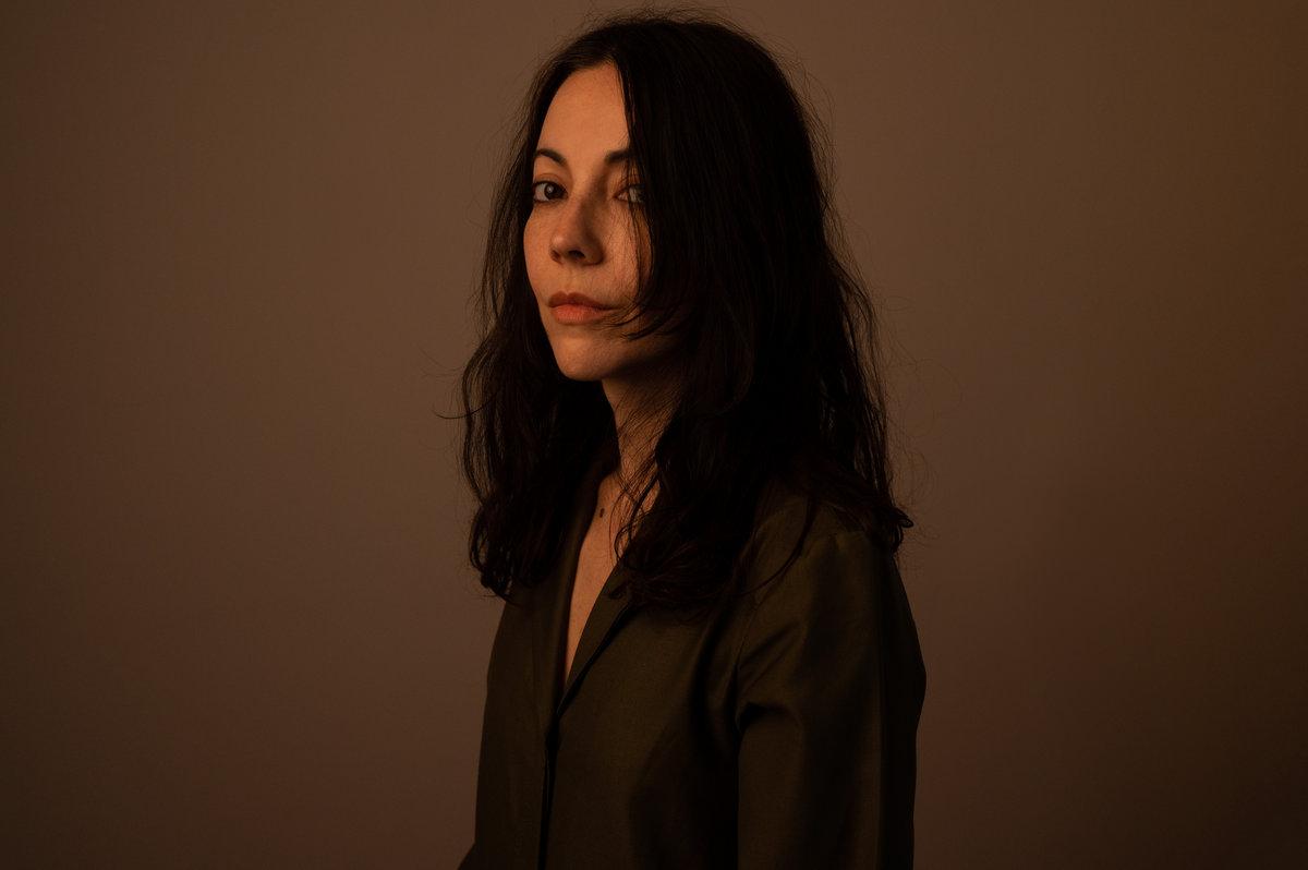 Lucrecia Dalt Announces New Album No era sólida, Shares New Song.