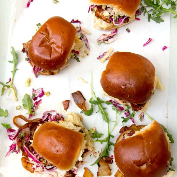 Grilled Chicken Sliders with Lemon Aioli and Red Onion Marmalade