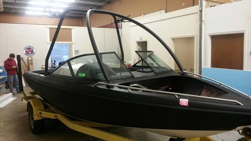 Custom vinyl boat wraps