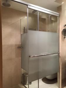 Door slid over to shield the toilet area.