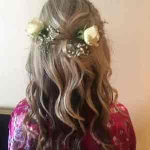 Flower power hair