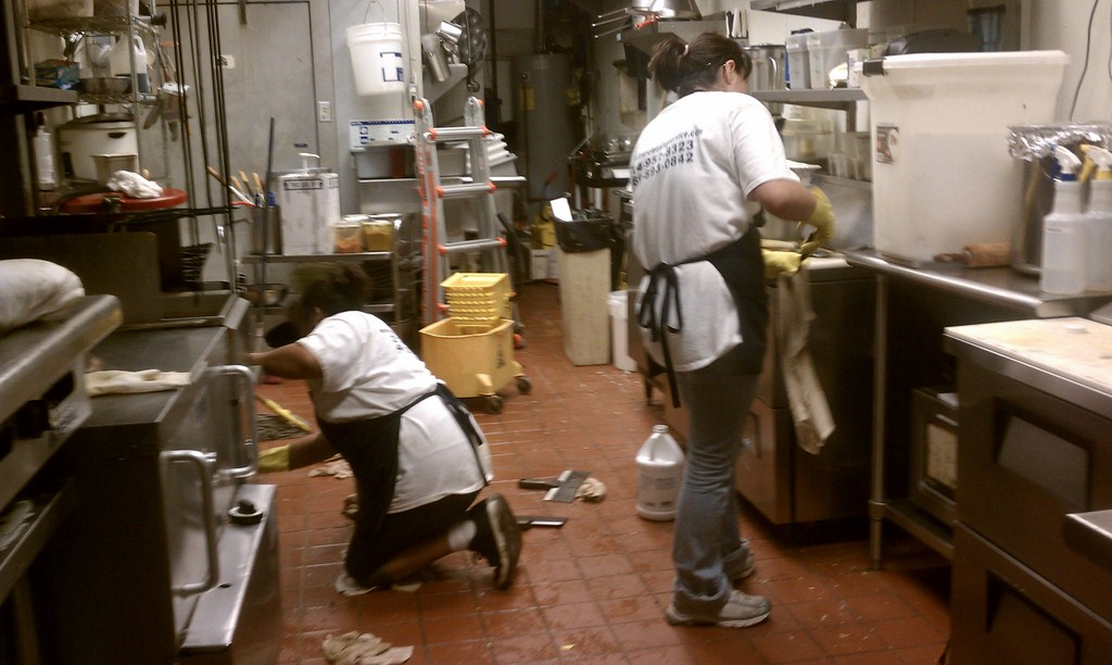 commercial kitchen cleaning services chicago remodeling restaurant cleanup | grubbs construction