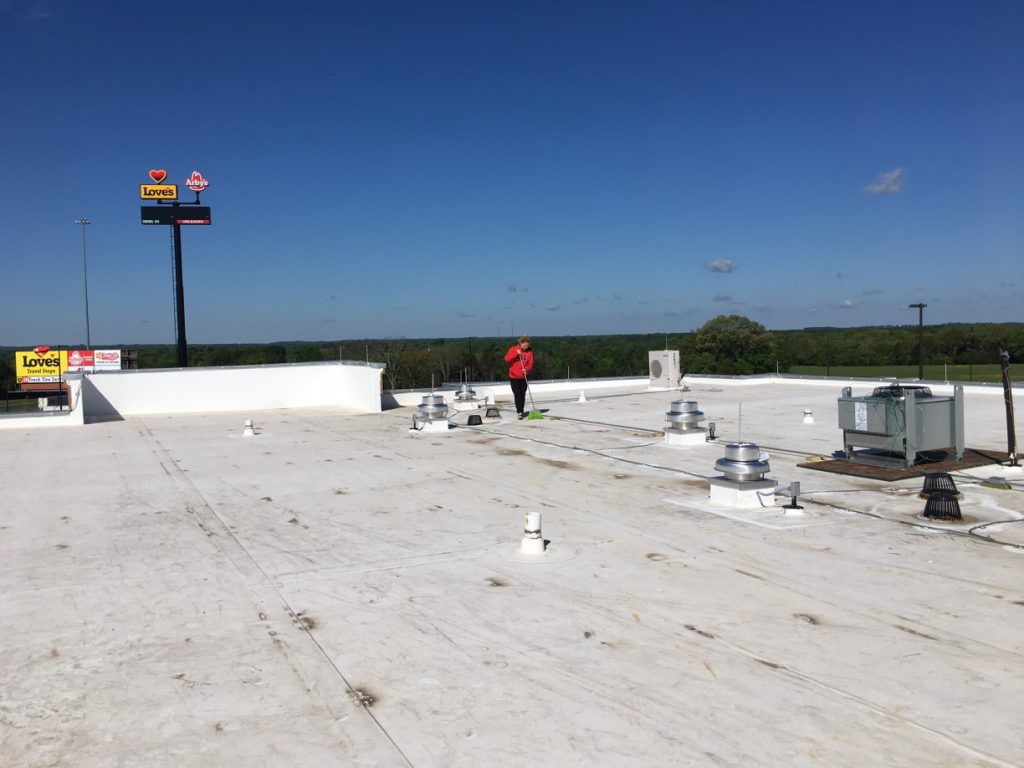 Hotel Marriott Roof Post Construction Cleaning in Van TX 012 1024x768 Hotel Marriott Roof Post Construction Cleaning in Van, TX