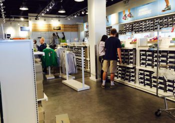 Sport Retail Store at Allen Outlet Shopping Center Touch Up Post construction Cleaning Service 06 6fcce481f3e75b1bf8a7e18af91e8bbd 350x245 100 crop Sport Retail Store at Allen Outlet Shopping Center Touch Up Post construction Cleaning Service