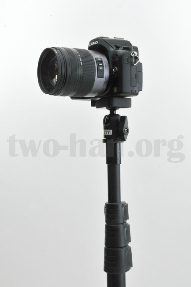 Velbon Pole Pod II/Panasonic GH2乗せアップ