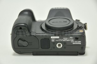 Panasonic_LUMIX_DMC-GH3/本体7