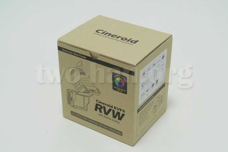 CineroidのEVF4RVWの外箱!