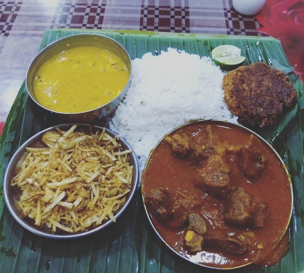Thali with Mutton Gravy
