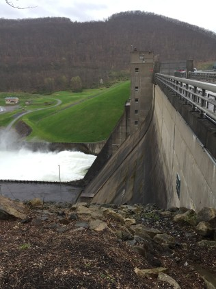 The downstream side of Kinzua Dam on the Allegheny River.