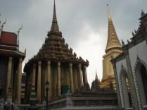 Royal Pantheon, construído em estilo Khmer durante o século 19