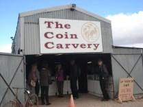 The Coin Carvery – escultura em moedas. A loja do irmão da Camille que é uma simpatia de pessoa