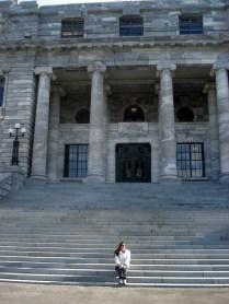 Parlamento com estrutura reforçada para terremoto