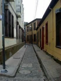 Ruas estreitas e limpas