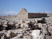 Chegamos ao oásis: Peine. Igreja católica espanhola no meio das ruínas indígenas