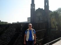"Tlatelolco - significa ""monte de areia"" e foi o mais importante centro de compras pré-hispânico do México"