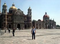 Velha Basílica de Guadalupe, é o primeiro templo católico dedicado à Virgem de Guadalupe