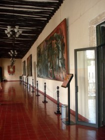 Prefeitura da cidade em que é possível entrar e ver as obras de arte