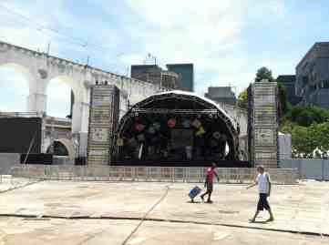 Outdoor stage near Arcos da Lapa