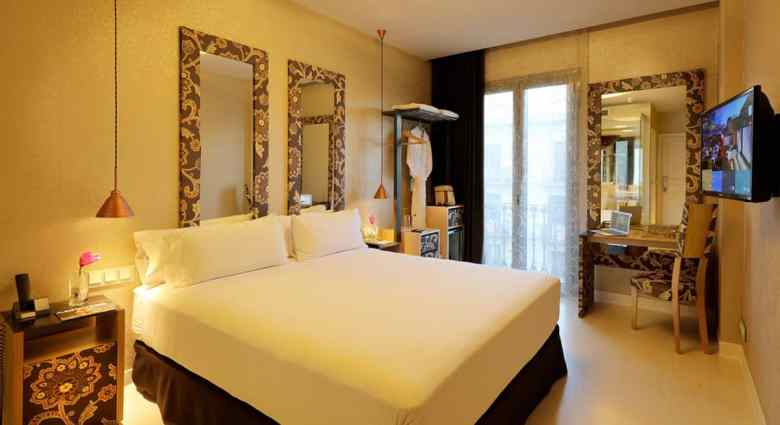 Axel Hotel Barcelona – Why You Should Stay at Barcelona's Top-Rated Gay Hotel