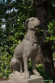 Regal dog sculpture, Di Boboli Gardens Florence