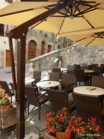 Cafe seating in San Gimignano
